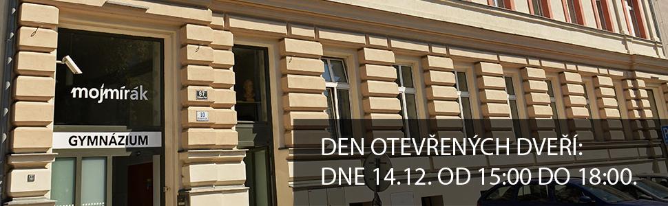 den otevřených dveří